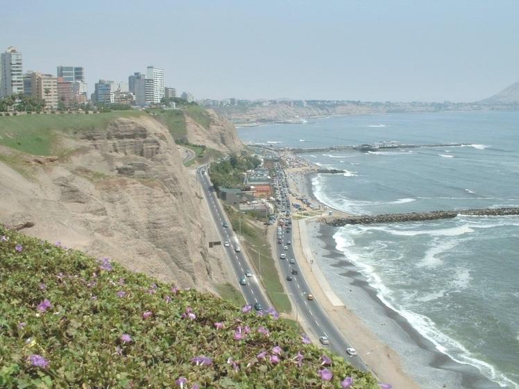 Cliff de Miraflores e a Costa Verde