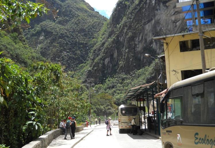 Estação dos buses que vão até Machu Picchu