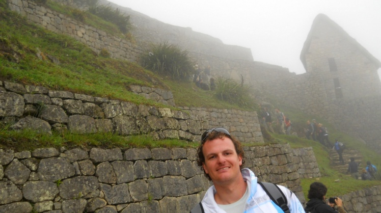 Machu Picchu ainda sob a neblina