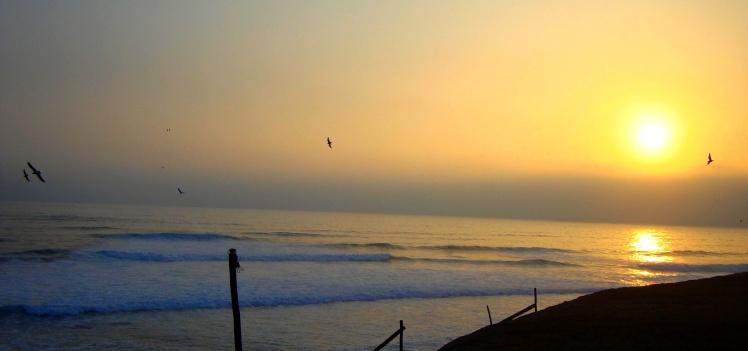Por-do-sol em Punta Rocas