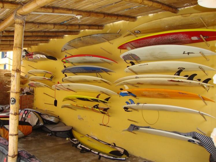 Luisfer Surfcamp