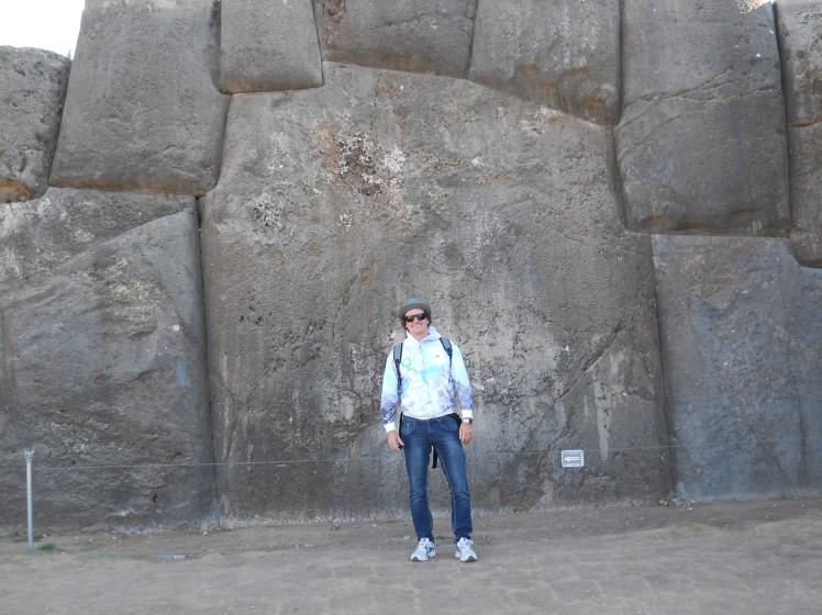 As gigantescas pedras de Saqsaywaman