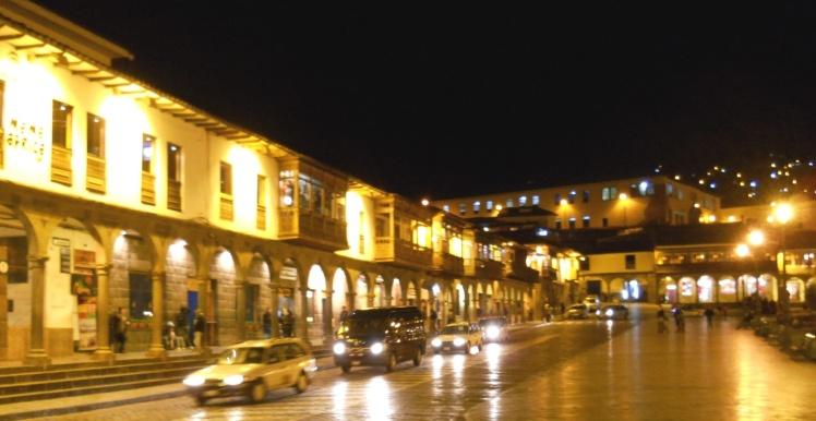Plaza de Armas à noite