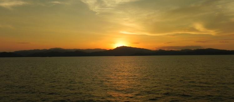 Por-do-sol na península de Nicoya