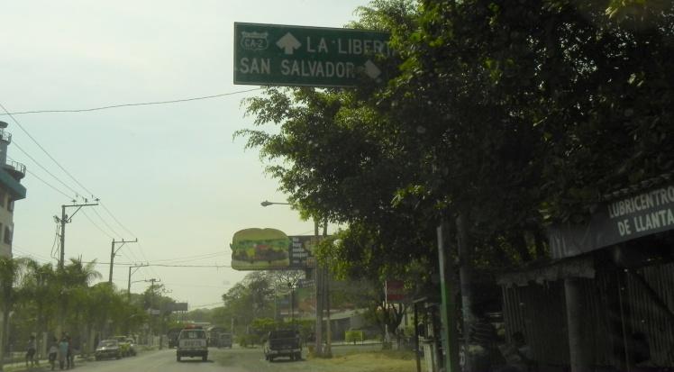 Carretera para La Libertad