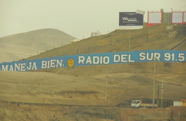 Carretera Panamericana Sur Vieja ... manejas bien ...