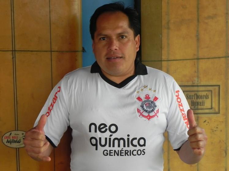 Julio Sanchez, nuestro cocinero, peruano e corintiano ...