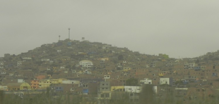 """Subúrbio de Lima - """"Complejo del alemán"""""""