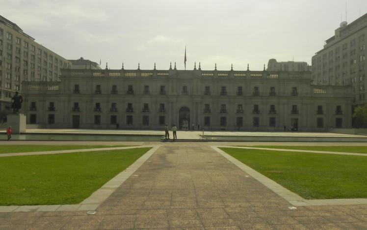 Palacio La Moneda - vista da Alameda