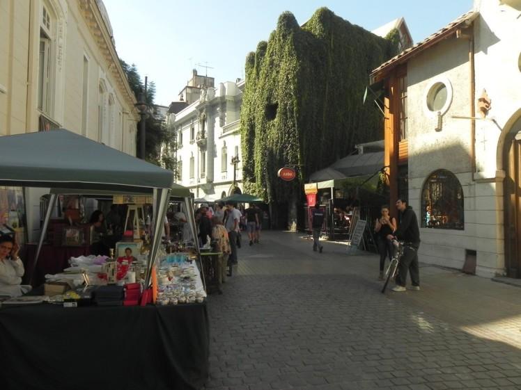 Bairro Lastarria y Bellas Artes, um naco do centro que concentra os museus e o público ligado à arte, os cafés mais bacanas e lojas de estilistas alternativos
