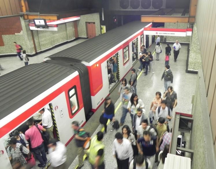 Metro de Santiago, a melhor maneira de se deslocar na cidade