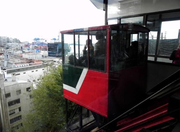 Elevador funicular em Valparaiso