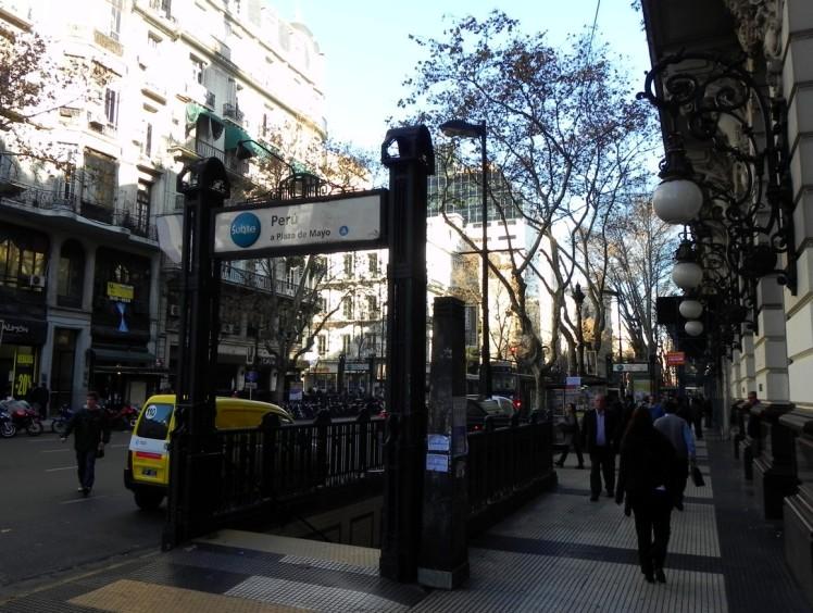 Estação Peru de Subte (Metro) - Primeira linha de metro da America do Sul, inaugurada em 1913.