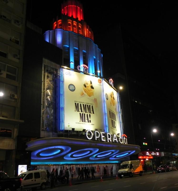 Avenida Corrientes - A avenida dos Teatros