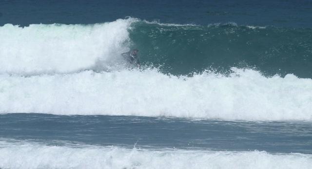 Surfing Balangan