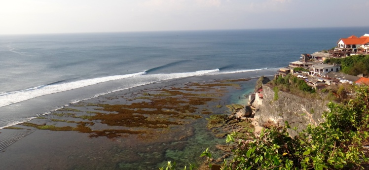 Uluwatu Low Tide