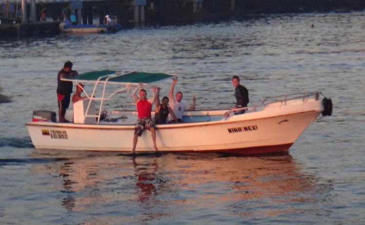 Boat-trip Tongo Reef