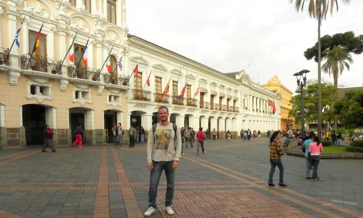 Plaza Mayor - Centro Histórico de Quito