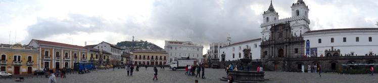 Plaza de San Francisco - Centro Histórico de Quito