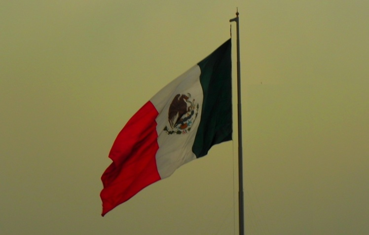 Bandeirão do México no Zócalo