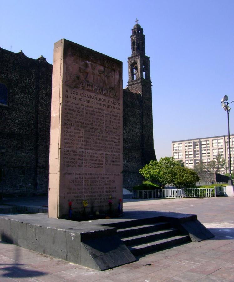 Praça das Três Culturas
