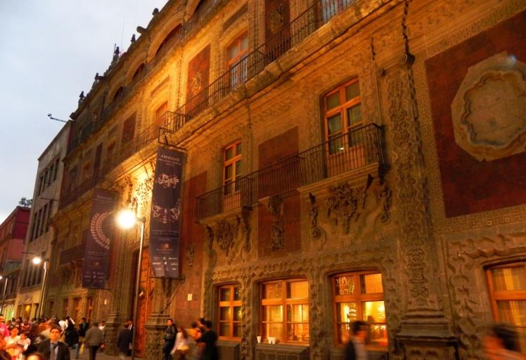 Palácio de Iturbe - Calle Madero