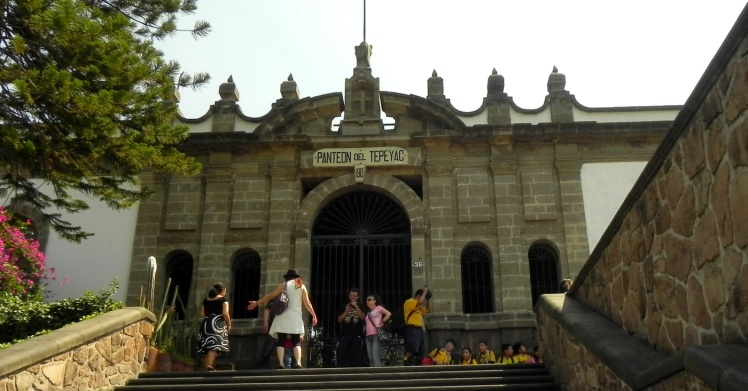 Panteon de Tempeyac - Basilica de Guadalupe