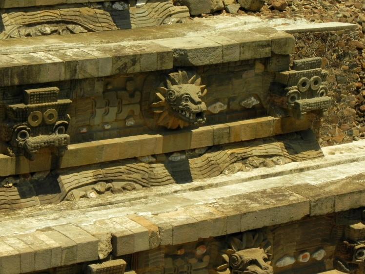 Teotihuacán - Templo da Serpente Emplumada