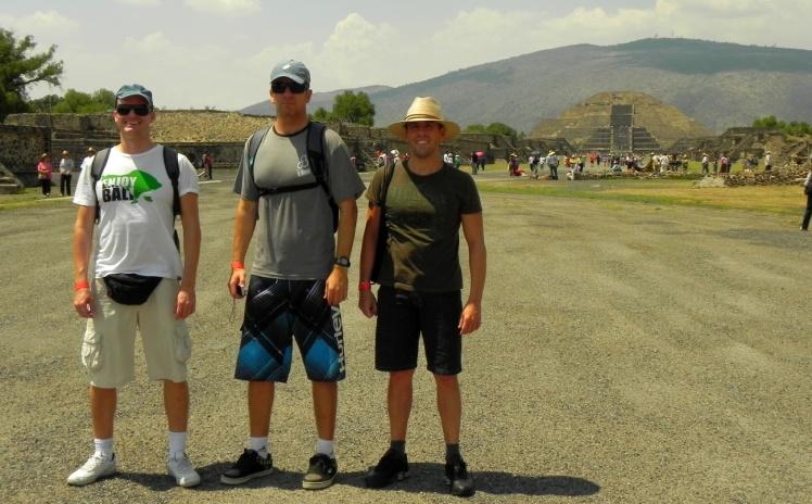 Teotihuacán - Calzada de los Muertos