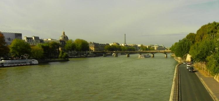 Vista do Rio Sena - Torre Eiffel ao fundo