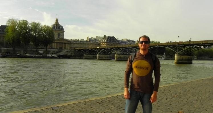 Rio Sena e a Pont Des Arts