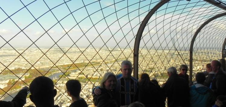 Gremistas pelo mundo - Torre Eiffel