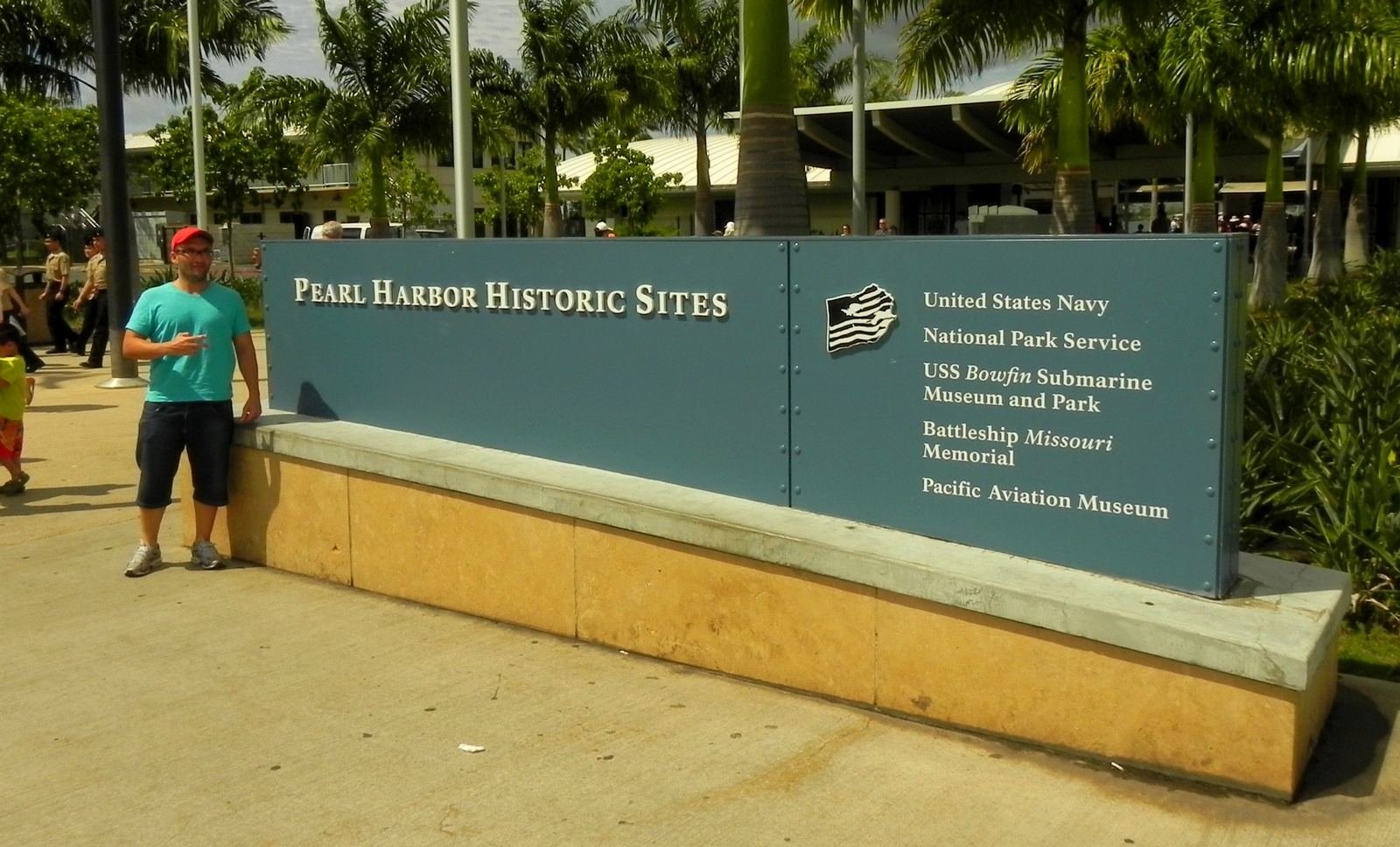pearl habor Arguably one of the most significant world war ii sites on the planet, hawaii's pearl harbor—once a tranquil oyster farming bay—hurtled the united states into.