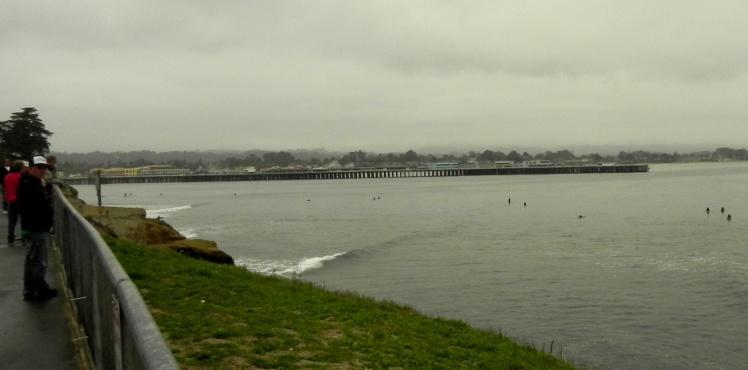 Steamer Lane - Pier de Santa Cruz ao fundo