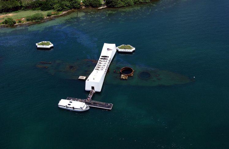 Imagem aérea do USS Arizona Memorial