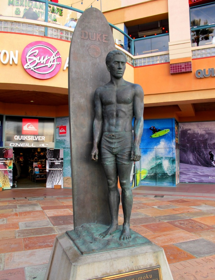 Estátua do Duke no Surfing Walk Of Fame - Huntington Beach - Duke