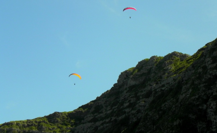 Paragliding at Makapuu Point
