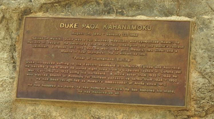 Escultura do Duke Paoa Kahanamoku