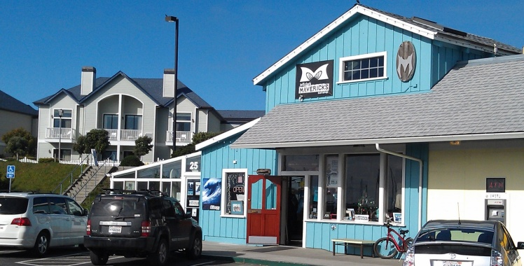 Mavericks Surf Shop - Pillar Point Harbor
