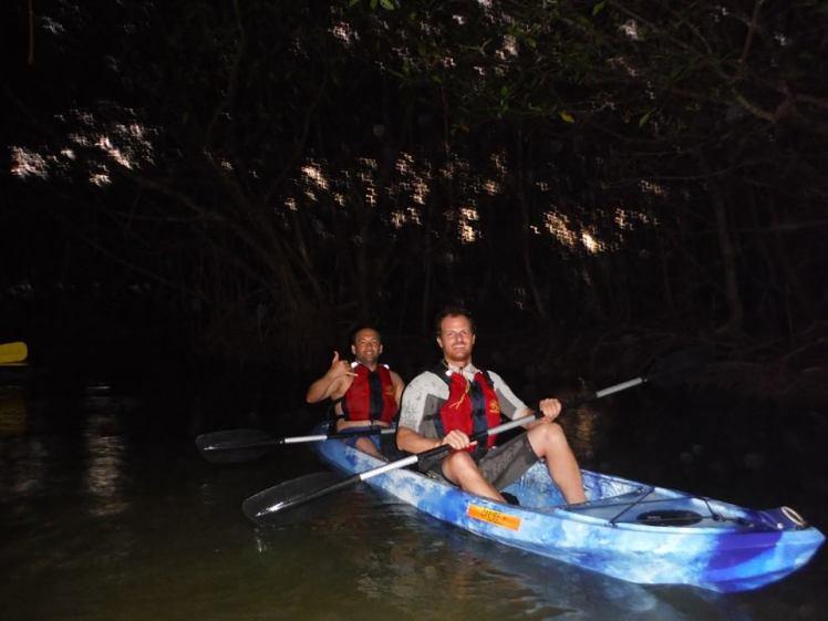 Kayak em Fajardo na Baía Bioluminescente