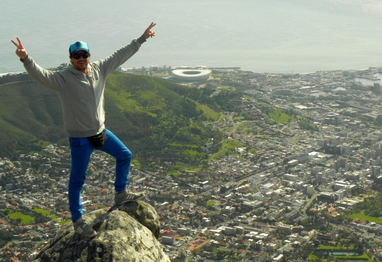 Table Mountain e o Green Point Stadium ao fundo